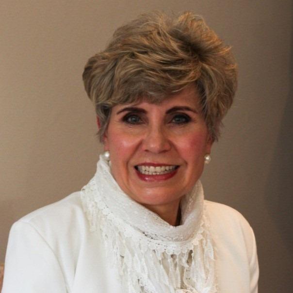 Elma Mckenzie. Vrywilliger: Seniors in Aksie