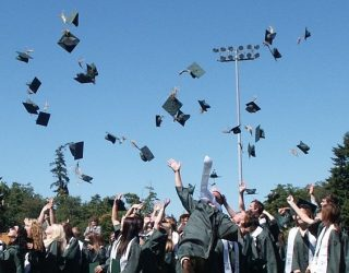 graduation-995042-1280-320x250